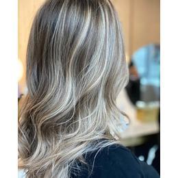 Как да накарате боята за коса да издържи по -дълго